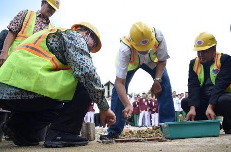 Jarot Letakkan Batu Pertama Pembangunan Gedung Praktik STIKARA