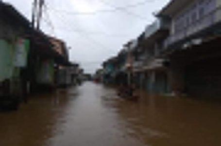 Banjir di Melawi Meluas