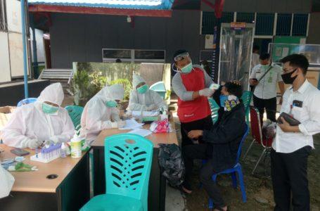 Para Santri di Sanggau Dirapid Test