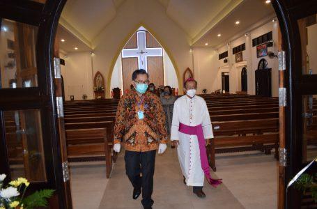 Pjs Bupati Resmikan Gereja Katolik Keluarga Kudus Pandan